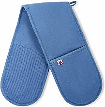 Big Red House Double Oven Mitt with the Heat