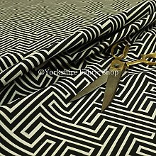 Black White Colour Geometric Maze Pattern Curtain
