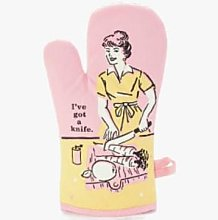 Blue Q - I've Got A Knife Oven Glove - Pink