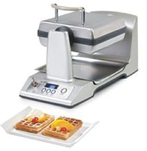 Domo DO9043W Waffle Maker, 1400 W, Stainless Steel