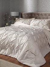 Florence Bedspread And Pillow Sham Set