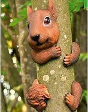 Harkins Squirrel Garden Tree Peeker Sol 72 Outdoor