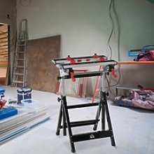 HOMCOM Foldable Work Bench Tool Stand with