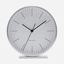 House Doctor - Hannah Clock