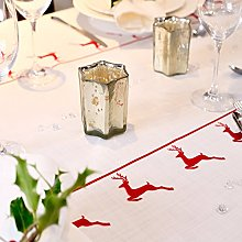 Izabela Peters 1 M - Vintage Red Stag Tablecloth -