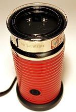 Nespresso Aeroccino 3 Milk Frother Red