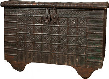 Old trunk/coffer in wood and iron