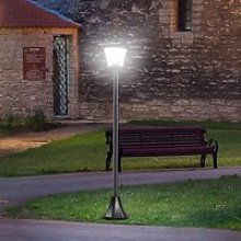 Outsunny Solar Powered Lamp Post, IP44,
