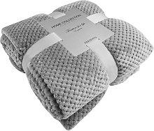 Pet Blanket Dog / Cat Blanket Fleece Soft and Cute