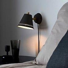 Pine wall light with a plug, black