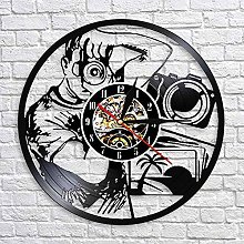 QIANGTOU Wall Clock Taking Picture with Camera