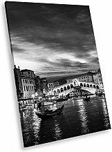 SC385 Gondola Venice Night Black White Portrait
