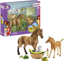Schleich Sarahs Baby Animal Centre