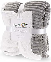 Sherpa Throw blanket, incredibly soft and cosy.