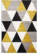 Soft Touch Rug with Triangles Pattern, 150 cm x