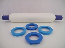 TUPPERWARE Adjustable & Cookie Cutters blue white
