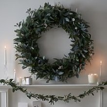 Ultimate Green & Berry Wreath – 1m, Green, One