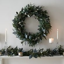 Ultimate Green & Berry Wreath - 70cm , Green, One