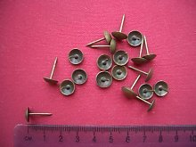 Upholstery Nails Pins Tacks 14mm Antique Brass x 20