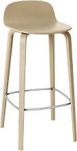Visu Bar stool - Wood - H 65cm by Muuto Oak